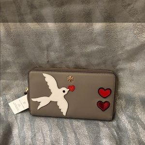 NWT Rare Tory Burch Peace & Love-Dove Wallet.
